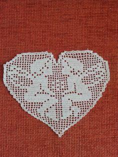 Crochet Doily Patterns, Granny Square Crochet Pattern, Crochet Doilies, Crochet Lace, Cotton Crochet, Filet Crochet, Crochet Chart, Crochet Christmas Decorations, Crochet Decoration