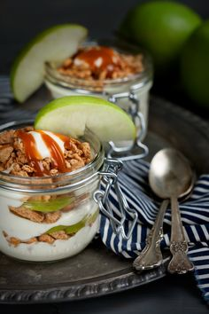CARAMEL APPLE CHEESECAKE PARFAIT