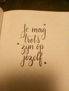 My Life Quotes, Work Quotes, Wisdom Quotes, Doodle Lettering, Types Of Lettering, Typography Tumblr, Dutch Words, Dutch Quotes, School Quotes