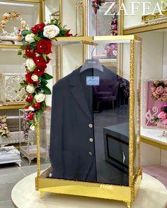 Wedding Hamper, Wedding Gift Boxes, Creative Wedding Gifts, Desi Wedding, Hampers, Abayas, Diy Furniture, Bliss, Buffet