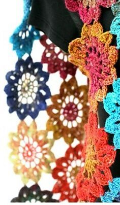 Crochet Japanese flower motif - free pattern from Grace Ann http://wouldyoulikeyarnwiththat.blogspot.com/2012/05/japanese-flower-motif-free-pattern.html