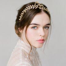 bridediaries.com | Etsy Wedding Headpieces