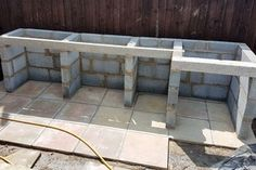 Outdoor Kitchen - Casting Concrete Worktop With Curved Edges : 17 Steps (with Pictures) - Instructables Outdoor Kitchen Plans, Backyard Kitchen, Outdoor Kitchen Design, Patio Design, Backyard Patio, Outdoor Kitchen Countertops, Concrete Worktop Kitchen, Rustic Outdoor Kitchens, Outdoor Projects