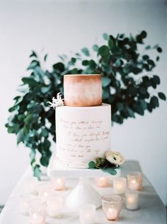 Clean and Modern Wedding Cake with Rose Gold Calligraphy | Peaches and Mint Photography | http://heyweddinglady.com/organic-meets-metallic-sage-rose-gold/