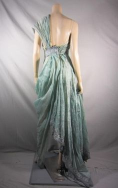 Ilithyia Spartacus Blood and Sand Episode 103 Dress