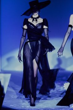 """lelaid: """" Sibyl Buck at Thierry Mugler Haute Couture S/S 1997 """""""