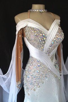 bfe4121a4b Women Ballroom Standard Waltz Smooth Tango Dance Dress US 2 UK 4 Flesh White