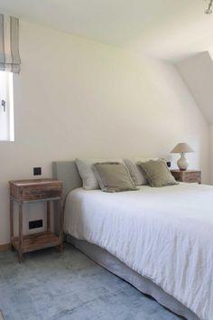 Huis in pastoriestijl nabij Sint-Niklaas - Wonen Landelijke Stijl Style Oriental, Double Vitrage, Farmhouse, Furniture, Design, Home Decor, Bedroom, Romantic Homes, Exterior Homes