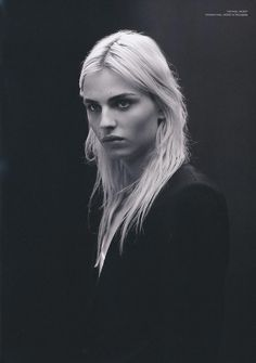 March edition of Japanese magazine Commons & Sense Man issue number with androgynous model Andrej Pejic photographed by Tetsuharu Kubota. Elf Rogue, Androgynous Models, Androgynous People, Androgynous Style, Johann Wolfgang Von Goethe, Transgender Model, My Hairstyle, Monochrom, Black And White Portraits