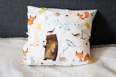 Throw pillow cover, forest animals pillow cover, decorative pillow case, accent pillow cover, foxes pillow cover, home decor