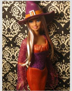 She has purple streaks in her hair even though that is hard to see from the pic. Maybe next year she will something besides a witch? Barbie Halloween, Halloween Fashion, Holiday Fashion, Barbie And Ken, Girl Barbie, Realistic Barbie, Vintage Barbie Clothes, Beautiful Barbie Dolls, Girls World