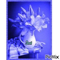 Flower in the vase Random Gif, Vase, Flowers, Vases, Royal Icing Flowers, Flower, Florals, Floral, Jars