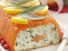 Smoked salmon terrine with herb cream cheese- Räucherlachsterrine mit Kräuterfrischkäse Salmon terrine with cream cheese – smarter – time: 40 min Shellfish Recipes, Seafood Recipes, Vegetarian Recipes, Dinner Recipes, Appetizers For A Crowd, Seafood Appetizers, Smoked Salmon Terrine, Dinner Sandwiches, Dinner Salads