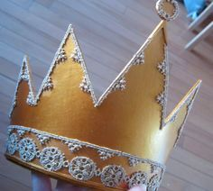 DIY Crown for Snow White's Evil Queen