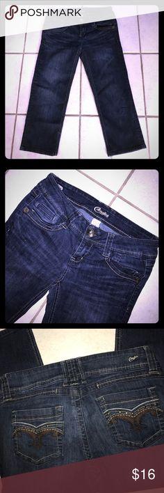 "Candies✨Capri Jeans 79% Cotton, 20% polyester, 1% spandex. 20 1/2"" length. Candie's Jeans"