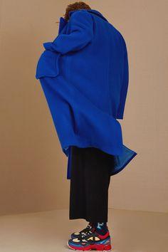 adererror: ADER error 2014 Winter Look book Drop over size coat /Deep blue