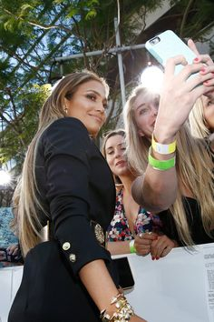 Pin for Later: 20 Celebrities Who Blessed Fans With Fun Selfies at the MTV Movie Awards Jennifer Lopez