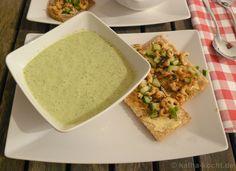 Frischer Krabbensalat und kalte Buttermilch-Gurken-Suppe - Katha-kocht!