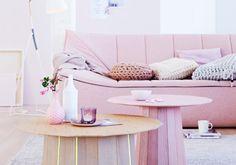 """Sofa """"Bahir"""" und Tisch """"Pink"""""""
