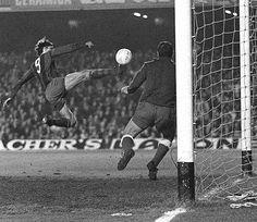 El golazo de Cruyff a Reina.El holandés volador,le llamaban tambien.