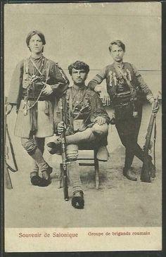 Armatulati din Grecia