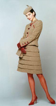 Evening dress, Edgar Vos, 1966.   Mode - Jurken, Beige en Tule