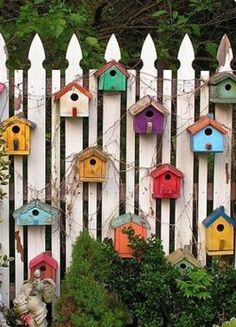 80 Awesome Spring Garden Ideas for Front Yard and Backyard Related posts: Best DIY Garden Globe Ideas & Designs For 2019 36 Truly Cool DIY Garden Bed and Planter Ideas 15 DIY Garden Fence Ideas With Pictures! DIY Garden Box for a Small Yard Tutorial Backyard Fences, Backyard Landscaping, Garden Fences, Landscaping Ideas, Yard Fencing, Backyard Ideas, Garden Ideas Diy, Garden Shrubs, Patio Fence