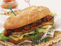 Schnitzelsemmel mit Artischocke und Paprika ist ein Rezept mit frischen Zutaten aus der Kategorie Sprossgemüse. Probieren Sie dieses und weitere Rezepte von EAT SMARTER!