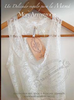 Camiseta de encaje.  Mary Armstrong y su delicada línea de ropa interior. www.maryarmstrong.cl