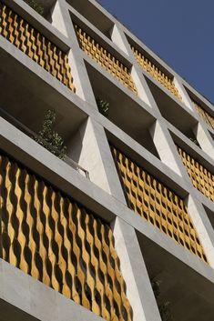 Gallery of The SABA Apartment / Sara Kalantary + Reza Sayadian - 14