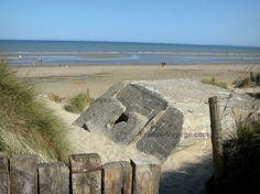 Utah Beach: Landing beach: Utah beach, bunker (remains) - France-Voyage.com