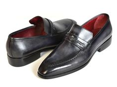 - Gray & Black patina hand-painted upper - Finest Italian calfskin leather - Antique finished leather sole - Loafer (slip-on) shoes for men This is a made-to-order product. Please allow 15 days for the delivery. Because our shoes are hand-painted and couture-level creations, each shoe will have a unique hue and polish, and color may differ slightly from the picture.