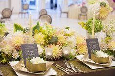 ラグジュアリーリゾート ベル・オーブ水沢(BELLE AUBE MIZUSAWA)|結婚式場写真「テーブルコーディネートはお花に合わせて」 【みんなのウェディング】