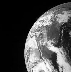 2013 holte Juno Schwung mit einem Swingby-Manöver um die Erde. (Foto…