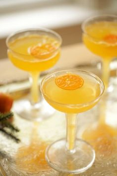Clementine Mimosas, a festive twist on a classic drink. A wonderful idea for Christmas morning breakfast or a holiday brunch! Christmas Morning Breakfast, Christmas Lunch, Xmas, Easy Brunch Recipes, Fun Baking Recipes, Holiday Desserts, Holiday Recipes, Holiday Meals, Christmas Recipes