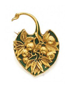 An Art Nouveau gold and enamel brooch, by Lalique, circa Designed as a palm leaf moulded with a spray of leaves and berries against a green enamel ground, signed Lalique. Bijoux Art Nouveau, Art Nouveau Jewelry, Jewelry Art, Gold Jewelry, Vintage Jewelry, Fine Jewelry, Fashion Jewelry, Jewelry Design, Art Deco