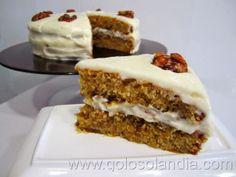 Tarta de nueces con jarabe de arce Fácil receta casera, paso a paso.  http://www.golosolandia.com/2014/04/tarta-de-nueces-y-jarabe-de-arce.html