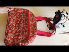 How to make hand bag at home – Baby Supplies Diy Sewing Projects, Sewing Hacks, Embroidery Suits Punjabi, Backpack Pattern, Embroidery Bags, Pleated Fabric, Baby Supplies, Bag Patterns To Sew, Denim Bag