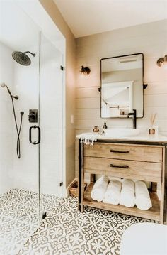 10 Easy Ways To Bring Vacation To Your Home Bathroom Decor Ideas . - 10 Simple Ways To Bring Vacation Into Your Home Bathroom Decor Ideas Bring Simple House To Your Vac - modern elegant Small Bathroom Ideas On A Budget, Small Bathrooms, Budget Bathroom, Bathroom Makeovers, Dream Bathrooms, Bathrooms Decor, Bad Inspiration, Interior Inspiration, Interior Ideas