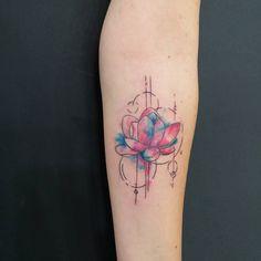 tattoo flower colortattoo arm girls geometric linework
