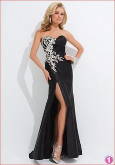 Evening Dresses 2015  http://www.cocktaildresses1.com/evening-dresses-e-commerce-shopping-portal/  #eveningdresses #eveningwear
