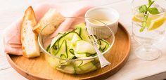 サラダズッキーニのひらひらチーズラペ | ベジテーブル