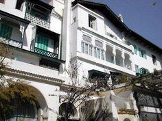 """Si vous désirez en savoir un peu plus sur ce magnifique hôtel d'Alger, allez sur le blog de mon ami Biladi : http://biladi.skyrock.com/474592653-Hotel-El-Djazair-ex-Saint-George.html Ce dernier à """"copié/collé"""" son historique dans son commentaire - merci à lui. Mais que cela ne vous empêche pas d'aller voir son blog qui est à lui tout seul une..."""
