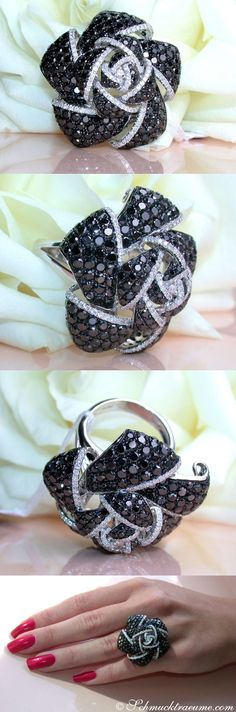 Extravagant: Black & White Diamond Rose Ring | Rosen Ring mit schwarzen Diamanten | 8,36 ct. WG14K - schmucktraeume.com Like: https://www.facebook.com/pages/Noble-Juwelen/150871984924926