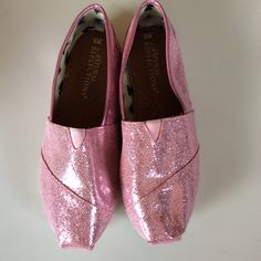 Pink Shimmer Flats Good condition!  8 wide.  Price Firm.  Thanks!! Natural Reflections Shoes Flats & Loafers