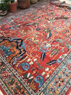 x antique Persian Mahal Rug – Blue Parakeet Rugs Source by bprugs Rugs Blue Persian Rug, Persian Carpet, Living Room Carpet, Rugs In Living Room, Textiles, Weaving Art, Large Rugs, Room Rugs, Rug Making
