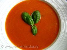 Tuto polévku budete mít hotovou do 10 minut. Je velice zdravá a plná úžasné rajčatové chuti.