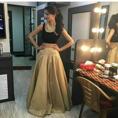 Sriti Jha, Kumkum Bhagya, Lehenga, Kurti, High Waisted Skirt, Gowns, Indian, Actors, Formal