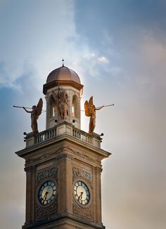 The trumpeters of justice - Stark County Courthouse, downtown Canton, Ohio