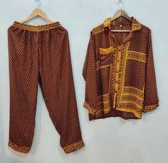 Bridal Party Pajamas, Tie Dye Fashion, Cotton Kaftan, Tie Dye Outfits, Night Suit, Dressmaking Fabric, Short Kimono, Traditional Fashion, Kimono Jacket